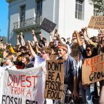 Berkeley student call for divestment on Monday, April 24. (photo: Between the Lines)